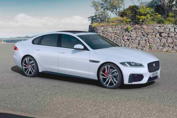 Представлен обновлённый седан Jaguar XF для рынка России